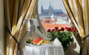 Praha -   - 4